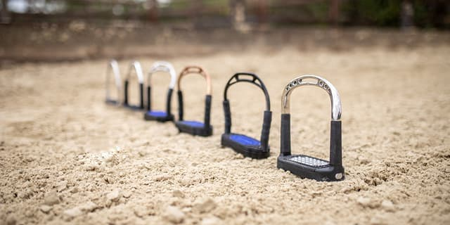 Sprenger jointed stirrups models Flexcite Bow Balance System-4